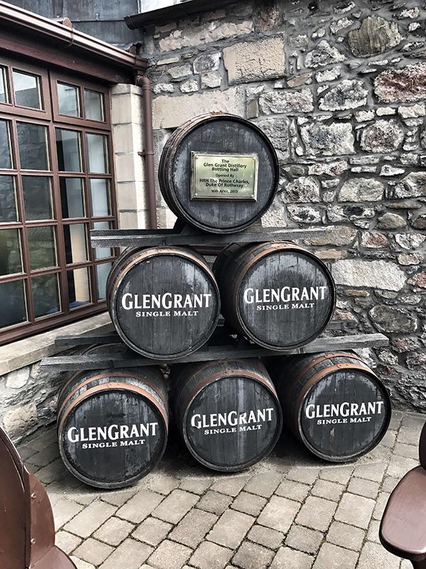 Ett av destillerierna som man kan besöka i Skottland