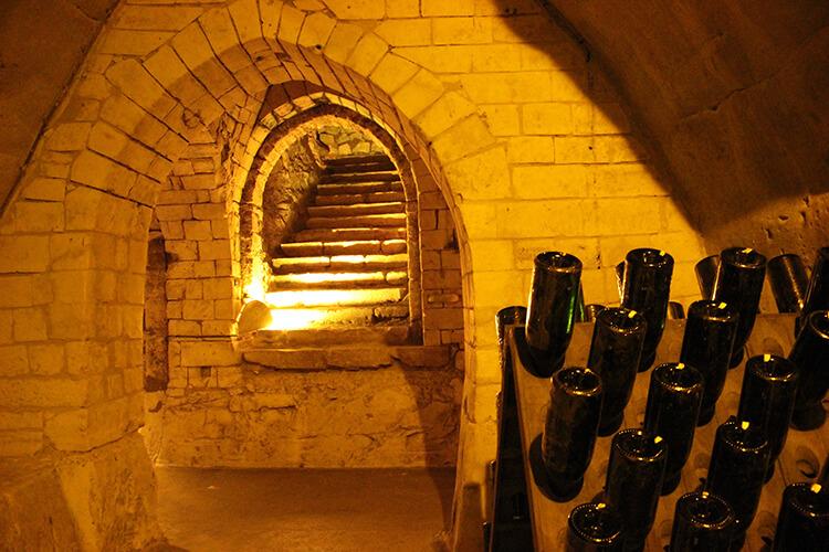 Vinkällare hos Champagnehuset Taittinger