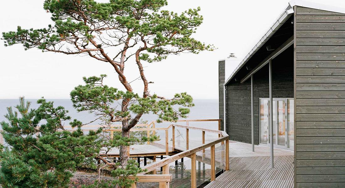 På Åland arrangerar vi konferens för företag, bo i vackra naturnära stugor eller på hotell.